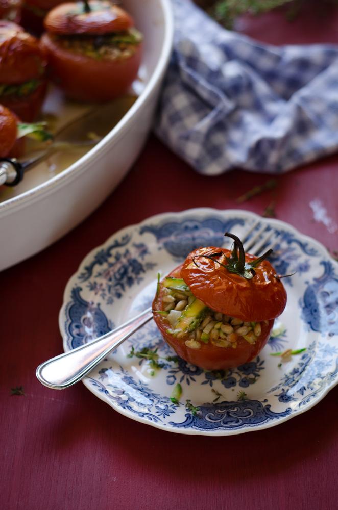 I ❤ Tomatoes : Pomodori ripieni di farro ed asparagi