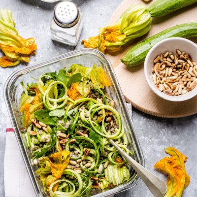 THE LUNCH BOX : Insalata di grano con zucchine e pinoli